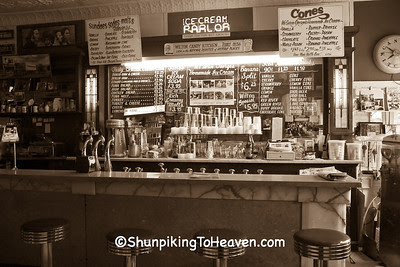 Tufts Soda Fountain at the Wilton Candy Kitchen, Muscatine County, Iowa