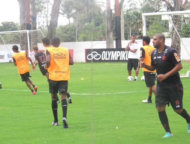 Adriano, Treino Flamengo, Ninho  (Foto: Janir Junior / Globoesporte.com)