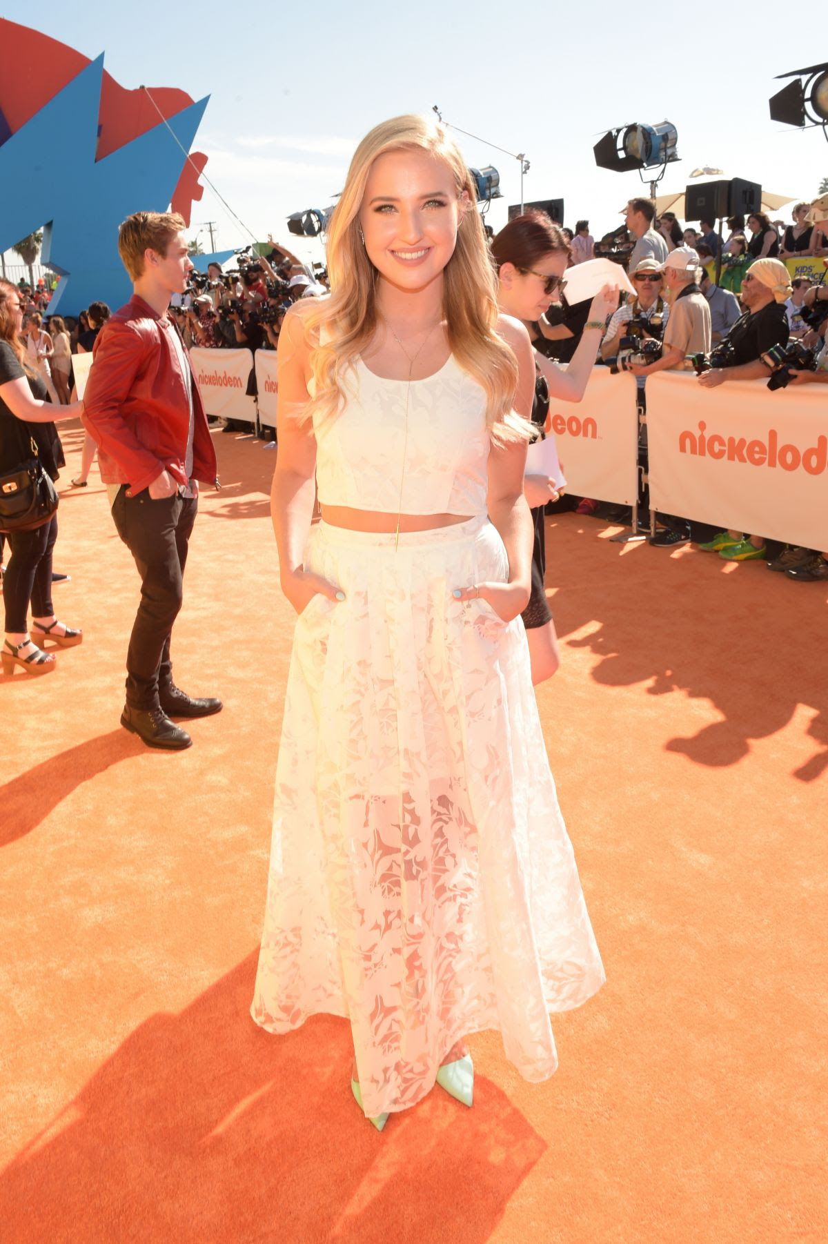 VERONICA DUNNE at 2015 Nickelodeon Kids Choice Awards in Inglewood