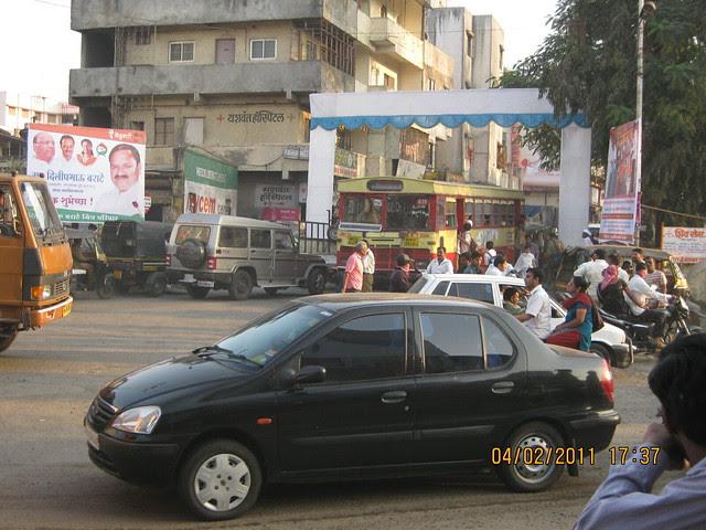 Construction of Flyover on Sinhagad Road in Pune at Dhayari Phata - Dhayari Phata - To DSK Vishwa