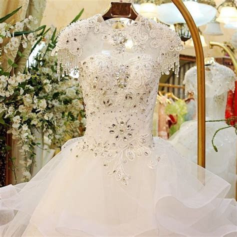 1000  images about WEDDING GOWN / Gaun Pengantin Import