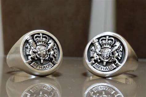 Custom Royal Crest Ring by 3dheraldry   CustomMade.com