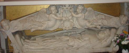 The tomb of St. Jeanne de Lestonnac in the chapel of Notre Dame School.