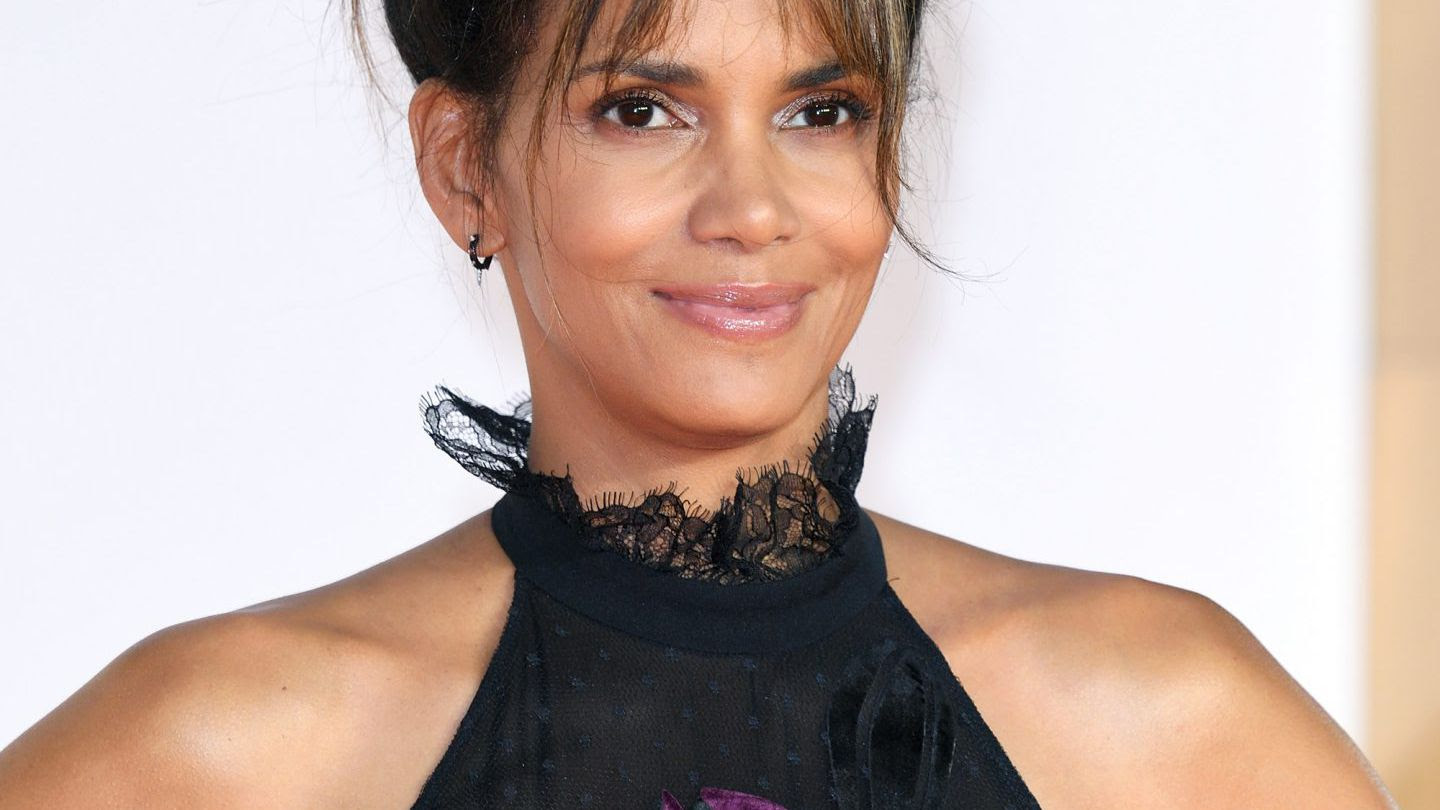 "Halle Berry Is 100 Percent NOT ""Done with Love"" 