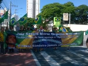Expectativa da porganização é que 3 mil pessoas participem do ato (Foto: Poliana Casemiro/G1)