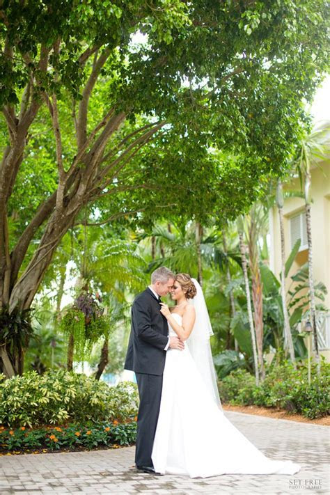 Hyatt Regency Coconut Point Weddings   Get Prices for