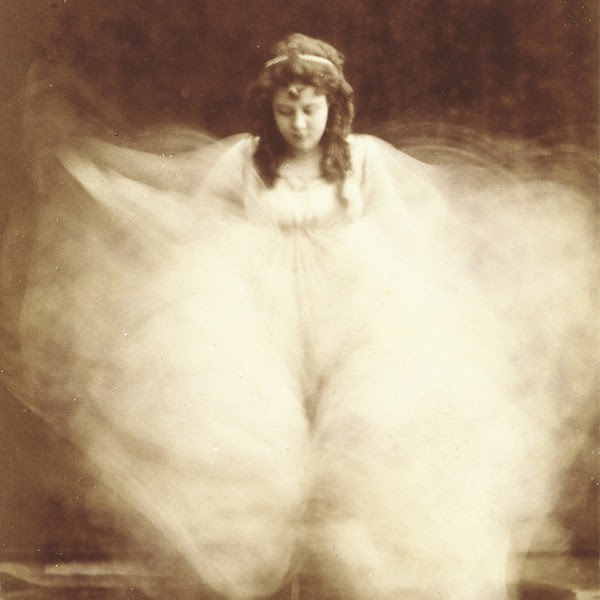 loie-fuller_0001_layer-6
