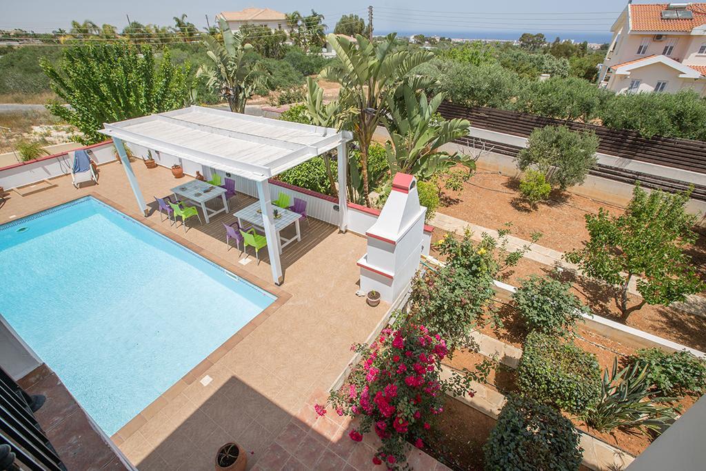 Villa Orka, Beautiful 3 Bedroom Protaras Villa Discount