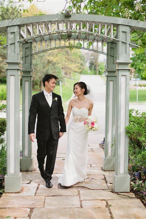 Toronto Restaurant Wedding Venues // Toronto Wedding