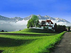 A_mansion_in_northwestern_iran
