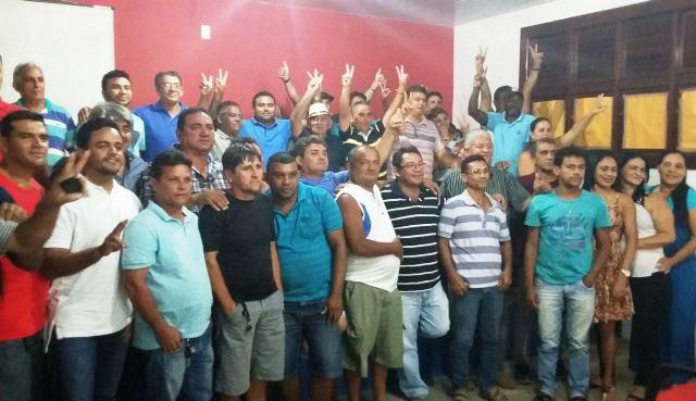 Prefeito Amarildo Pinheiro com o grupão de São João Batista
