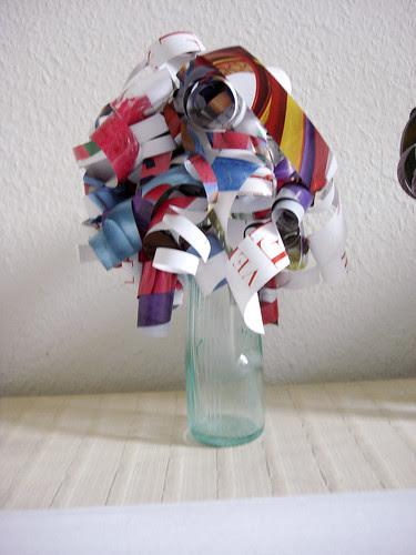 Papierblumen by Letizia Lorenzetti
