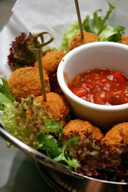 Deep-fried Breaded Mushrooms