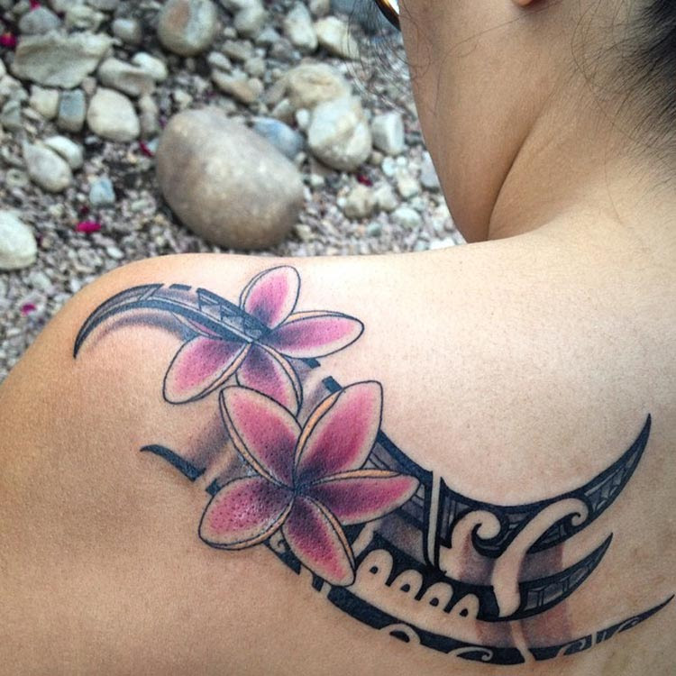 Womens Tribal Back Tattoo With Flowers Odd Stuff Magazine