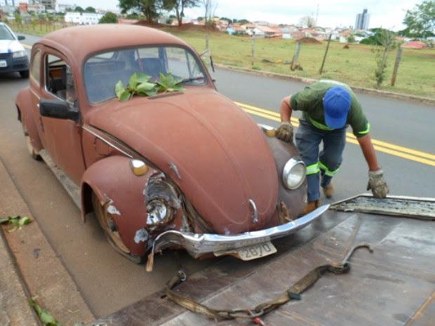Veículo usado na fuga de foragido  (Foto: Guarda Municipal de Boituva)