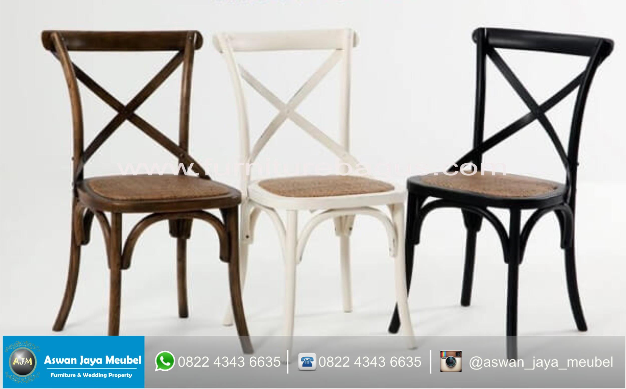 Interior Cafe Terlihat Menarik Dengan Kursi Cafe Coboy Aswan