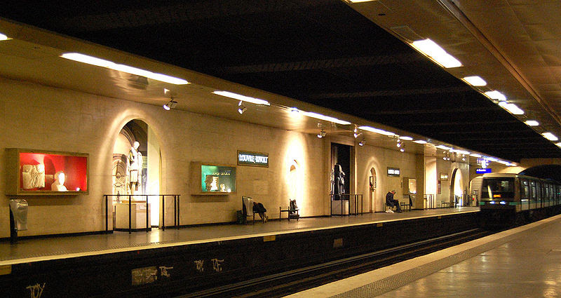 File:Station-louvre-rivoli.jpg