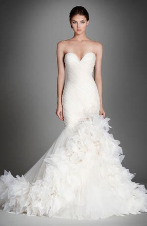 Sweetheart Fit and Flare Wedding Dress with No Waist