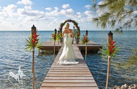 Sunsets & Strawberries ? Belize Weddings   Belize Wedding