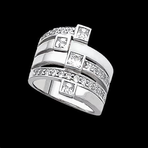 Tiara, Diamond Right Hand Ring