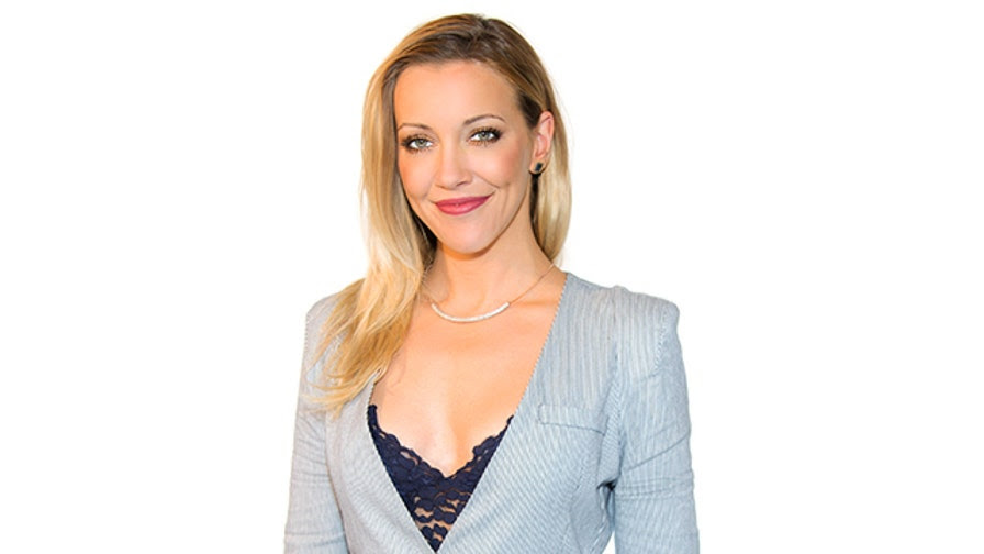 """Katie Cassidy of """"Arrow"""" tells FNM about the rigorous training she undergoes to portray Black Canary."""