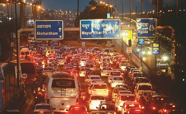 The World Culture Festival on Yamuna floodplain has raised traffic concerns