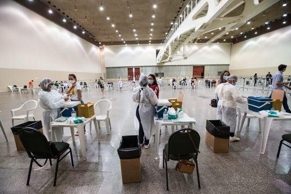 Governo do Ceará libera cadastro de vacinação contra Covid-19 para todos os grupos prioritários