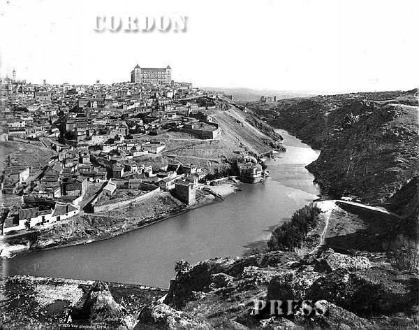 Vista general de Toledo hacia 1875-80. © Léon et Lévy / Cordon Press - Roger-Viollet