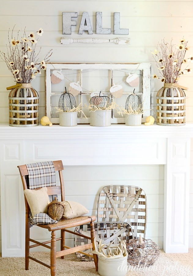 Oct-Feature-fall-neutral-mantel