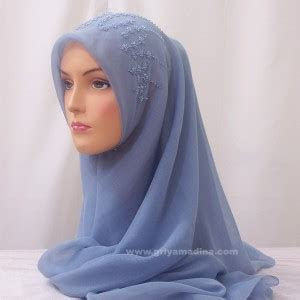 model jilbab  novia hyat khan