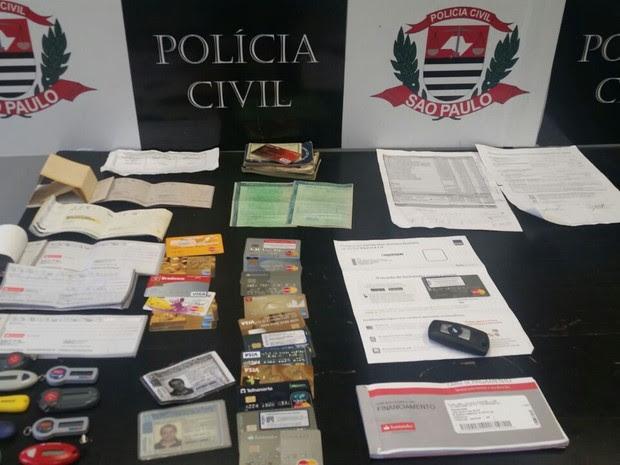 Homem foi preso pela Polícia Civil por estelionato (Foto: Divulgação/Polícia Civil)