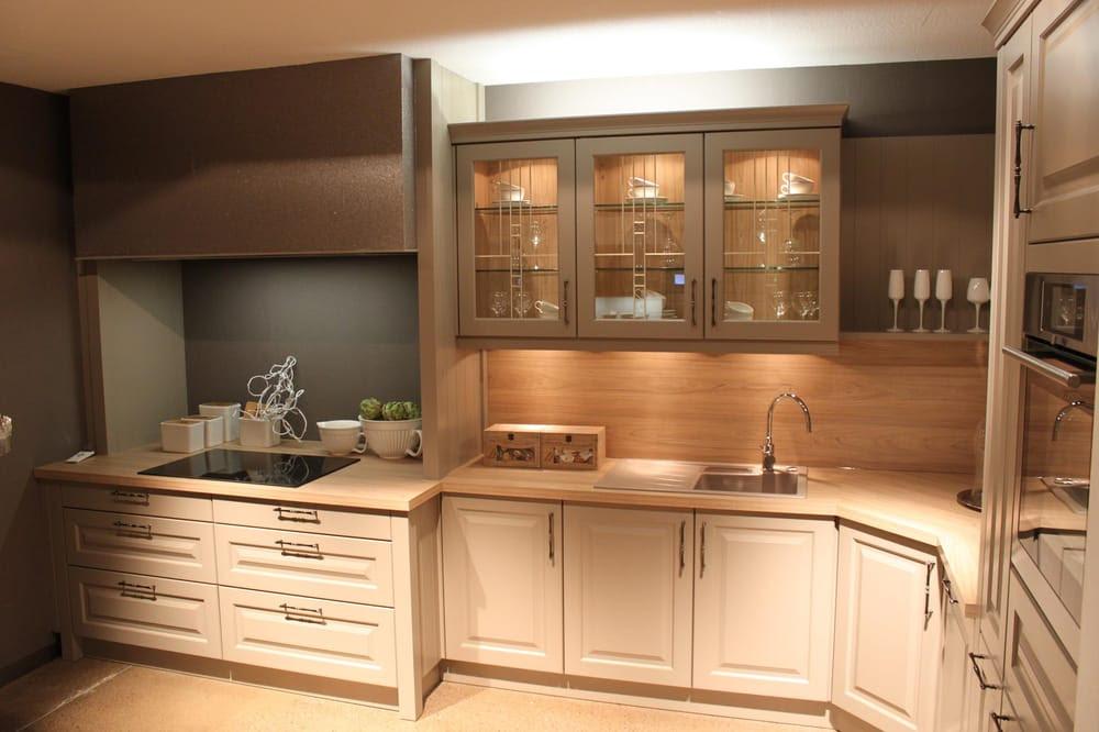 Modern european kitchen, shaker style white kitchen ...