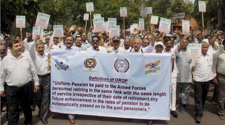 OROP, OROP delay, Ministry of Defence, MoD, one rank one pension, ex-servicemen protest, armymen pension protest, india news, nation news, chandigarh news, india news, national news, Indian Express