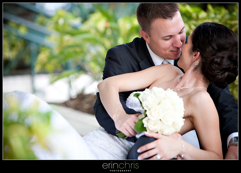 bride and groom wedding picture at the tampa marriott waterside