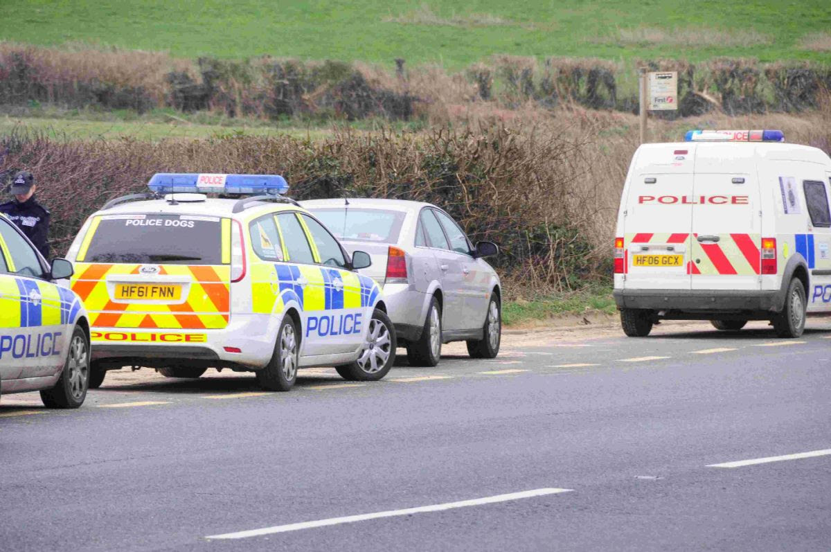 Police swoop after 'high value' jewellery stolen from antiques shop in Abbotsbury
