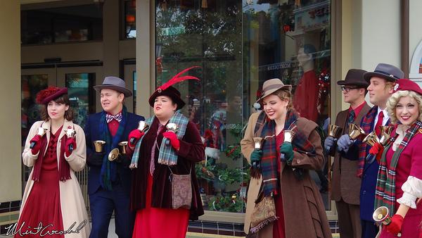 Disneyland Resort, Disney California Adventure, Christmas, Christmas Time, Buena Vista Street, Bell Ringer