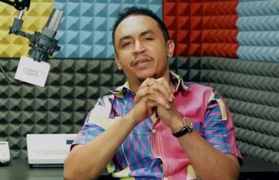 ''No Nigerian prophet or pastor qualifies to receive your tithes!'' says Daddy Freeze,Cool FM OAP