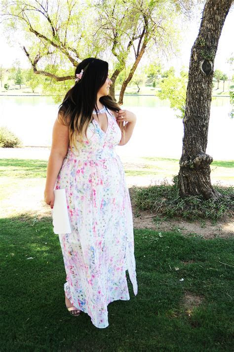 Plus Size   What To Wear To a Wedding Lookbook & Tips!