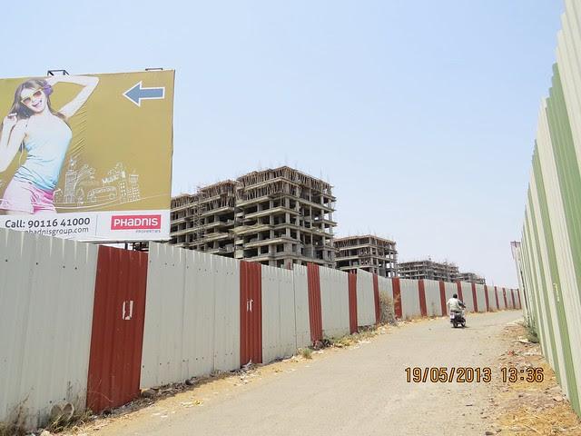 Eastern Ranges by Phadnis Properties - Visit Atlantica East, 2 BHK & 3 BHK Flats at Keshavnagar, Mundhwa, Pune 411052