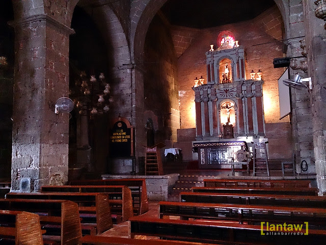 Las Piñas Church - Altar
