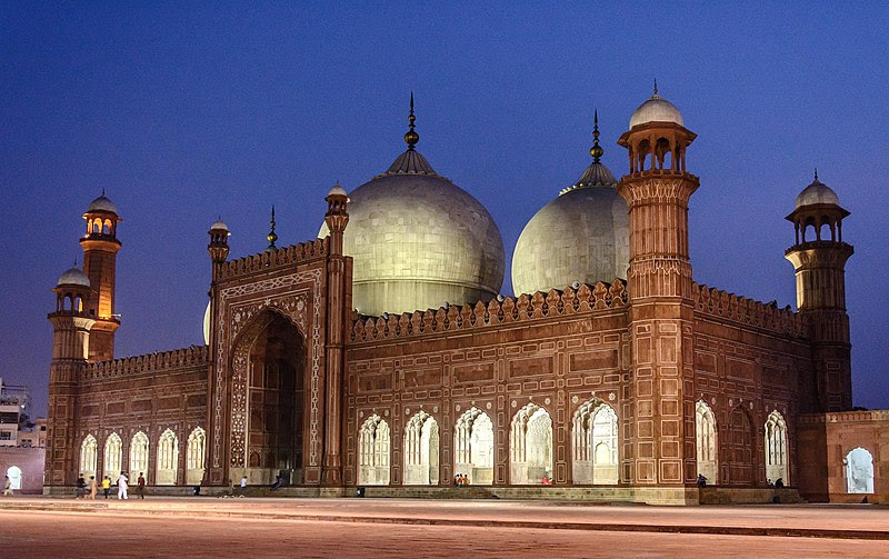 File:Night View of Badshahi Mosque (King's Mosque).jpg