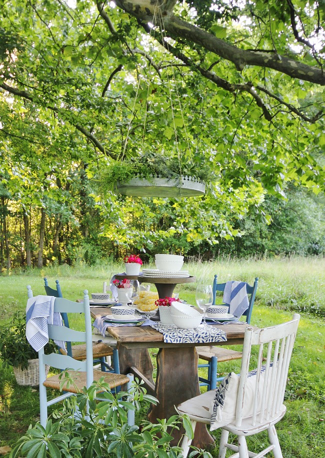 http://thistlewoodfarms.com/10-outdoor-entertaining-ideas