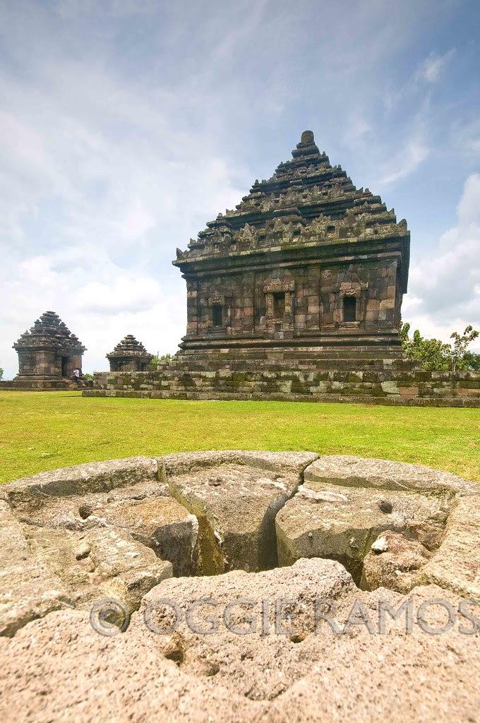 Indonesia - Jogjakarta Candi Ijo