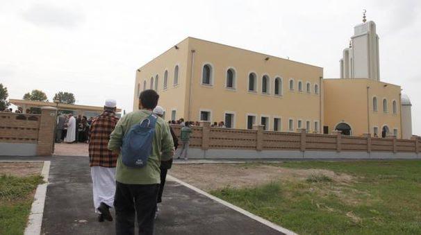 La moschea di Ravenna (foto Corelli)