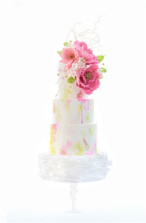 13 Quirky Wedding Cakes   Cakes, Favours & Guest Books