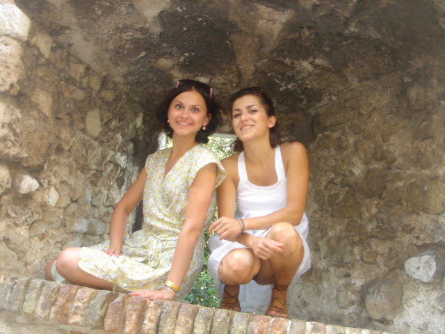 Niki_and_Kate