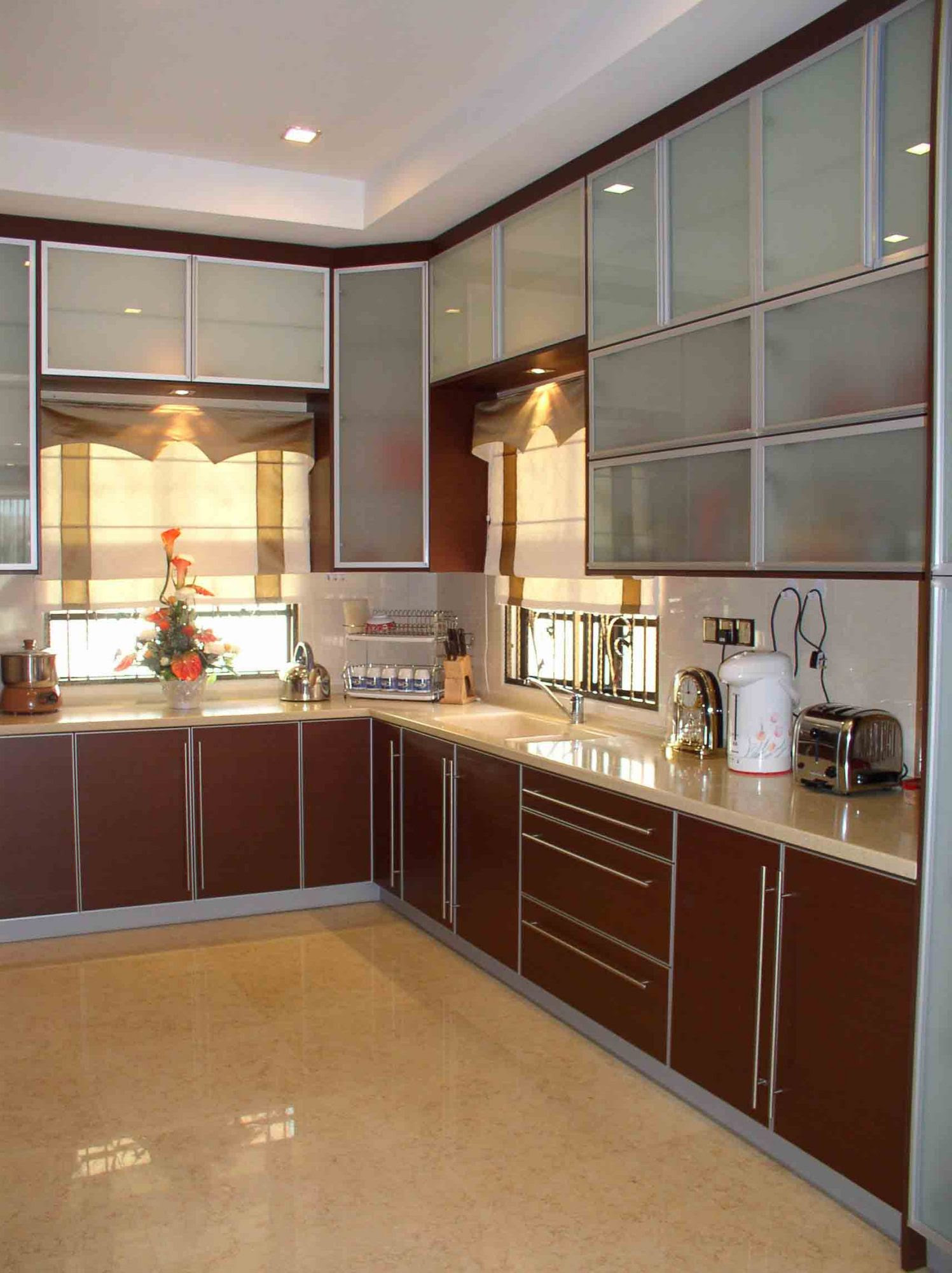 20 Popular Kitchen Cabinet Designs in Malaysia - Recommend ...