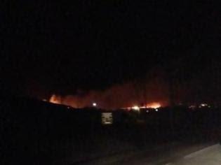 Φωτογραφία για Νεότερα για τη μεγάλη φωτιά στη Πάρο - Το μέτωπο της φωτιάς ξεπερνά τα 200 μέτρα