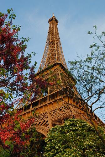 Paris 1 006