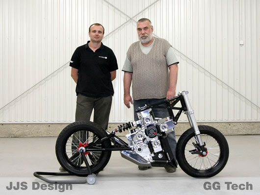 The JJS Design and GG Tech team building the JJ2S X4 500